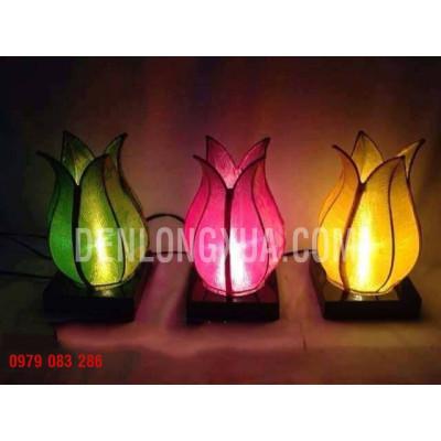 Đèn bàn trang trí tulip