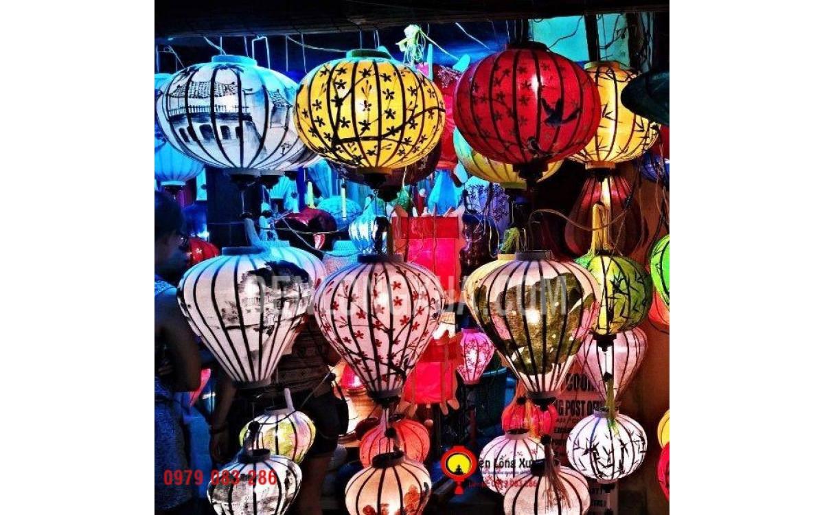 Đèn lồng trang trí tại Hà Nội