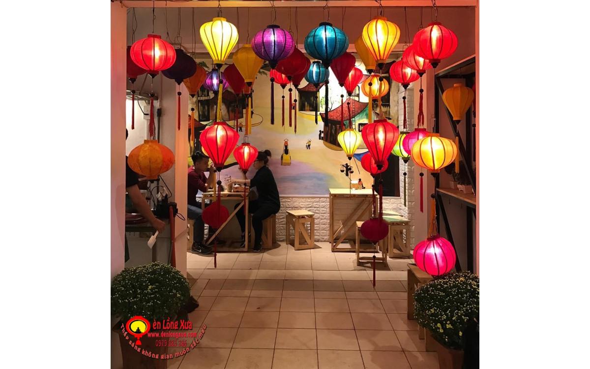 Trang trí quán cafe với đèn lồng