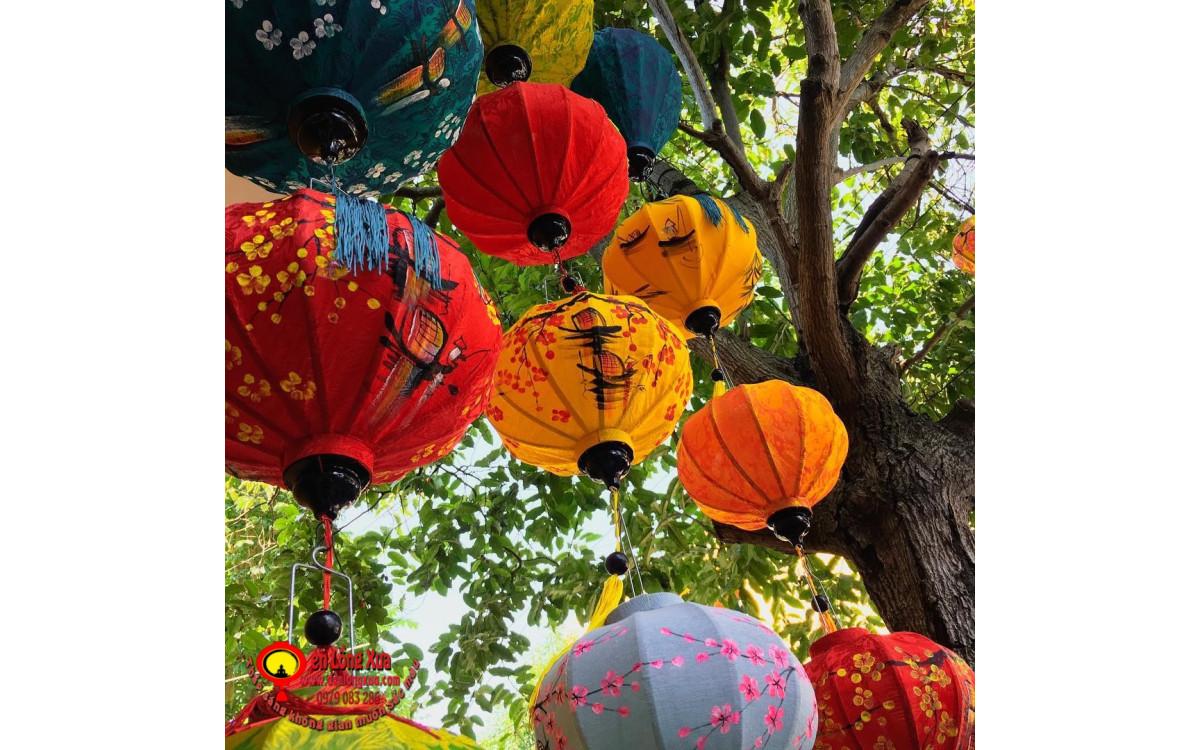 Đèn lồng vẽ thả cây trang trí lễ hội