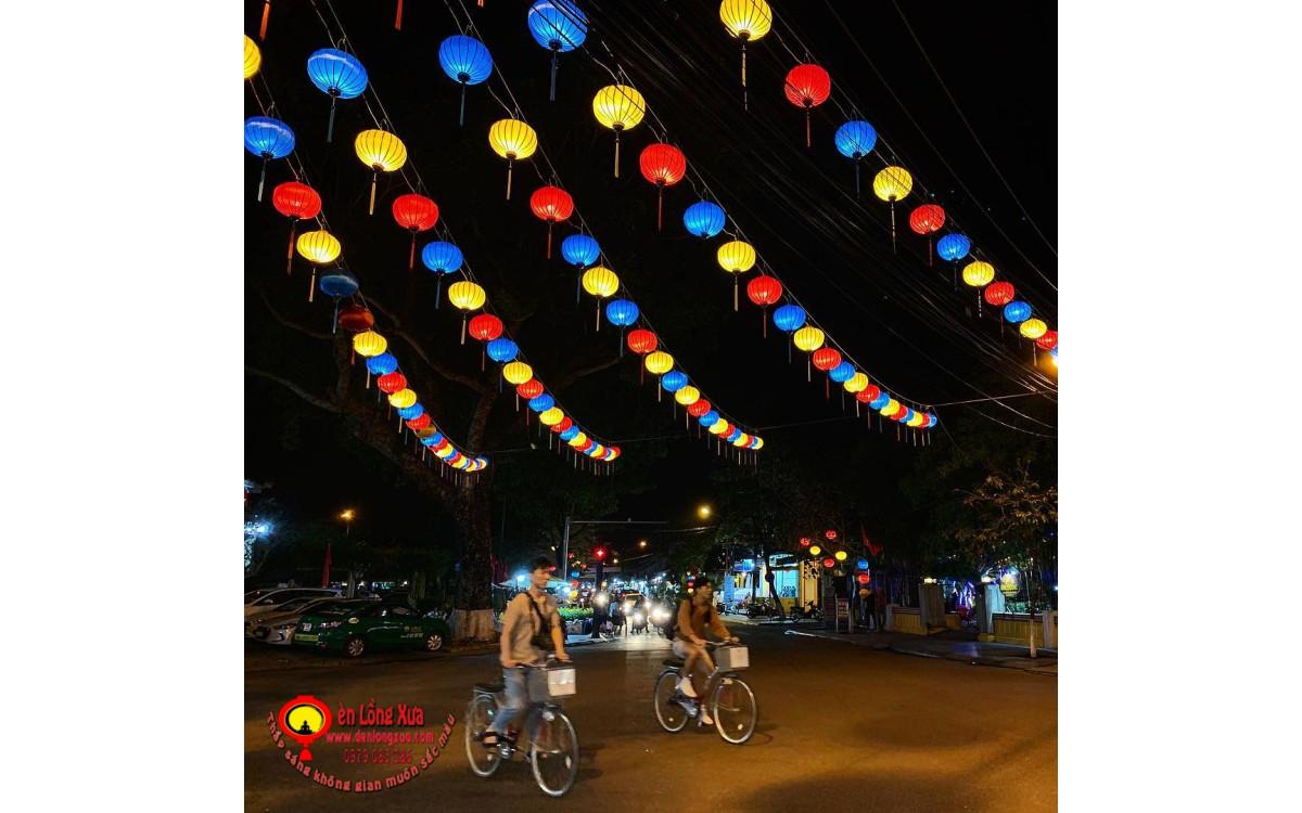 Dây đèn lồng trang trí đường phố cho dịp lễ hội