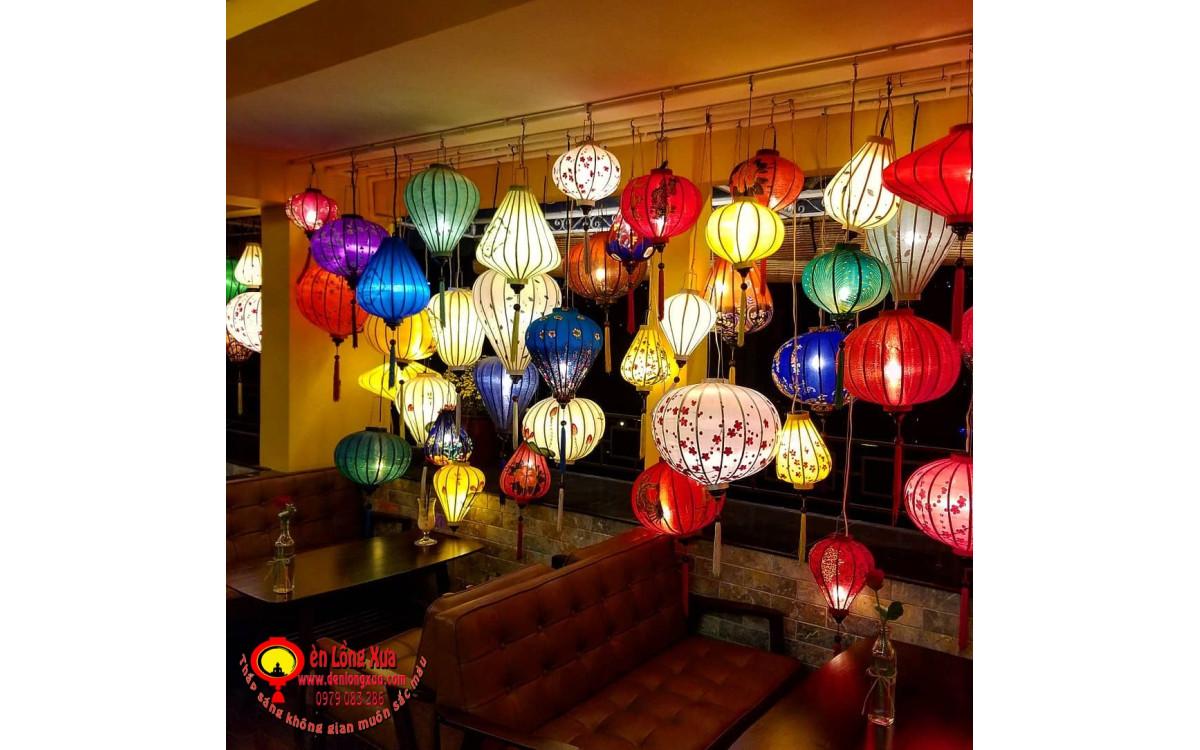 Đèn lồng trang trí quán cafe