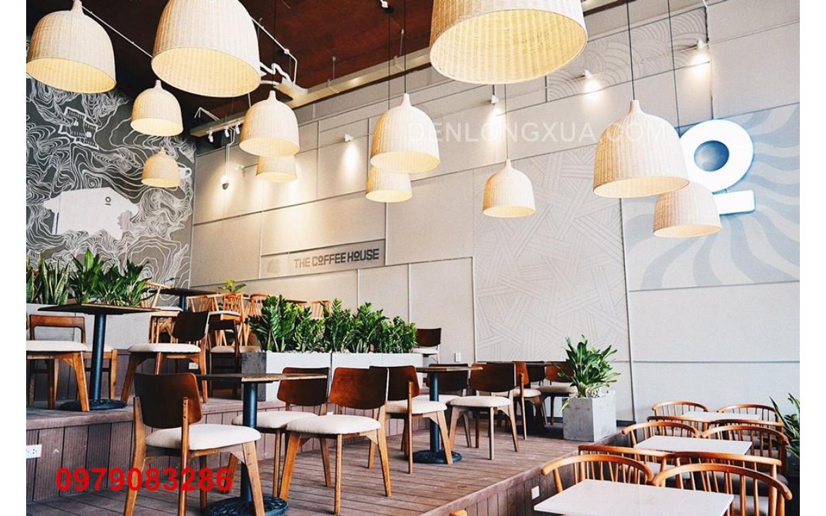 đèn chuông mây trắng trang trí nhà hàng