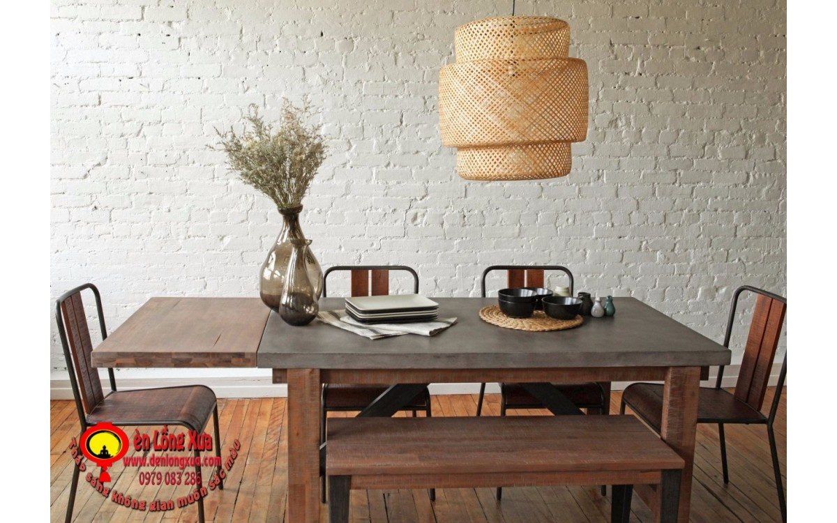 Trang trí bàn ăn cùng đèn mây tre đan ba tầng
