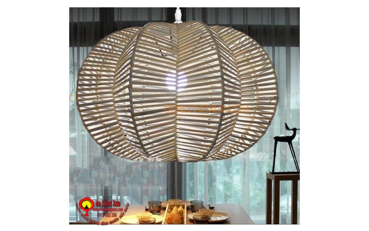 Đèn mây đan trái khế trang trí không gian nhà hàng